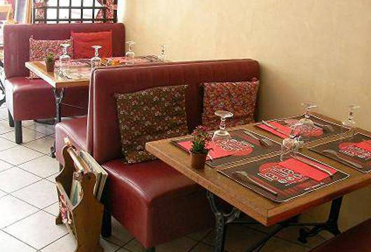 restaurant chez sacha le ness grenoble restaurant sp cialit s trang res russe grenoble. Black Bedroom Furniture Sets. Home Design Ideas